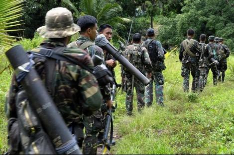 الفلبين تستأنف التدخل العسكري ضد متمردين