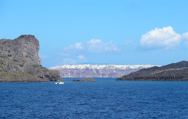 Ferry to Santorini - Caldera