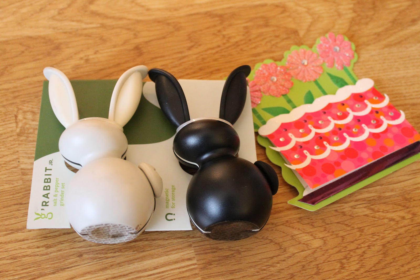 It S A Black And White Bunny Salt Pepper Grinder Set You Squeeze The Ears To Grind Or