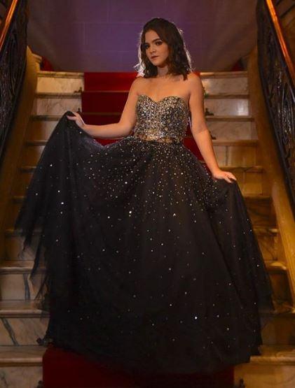 Mel Maia vestido preto