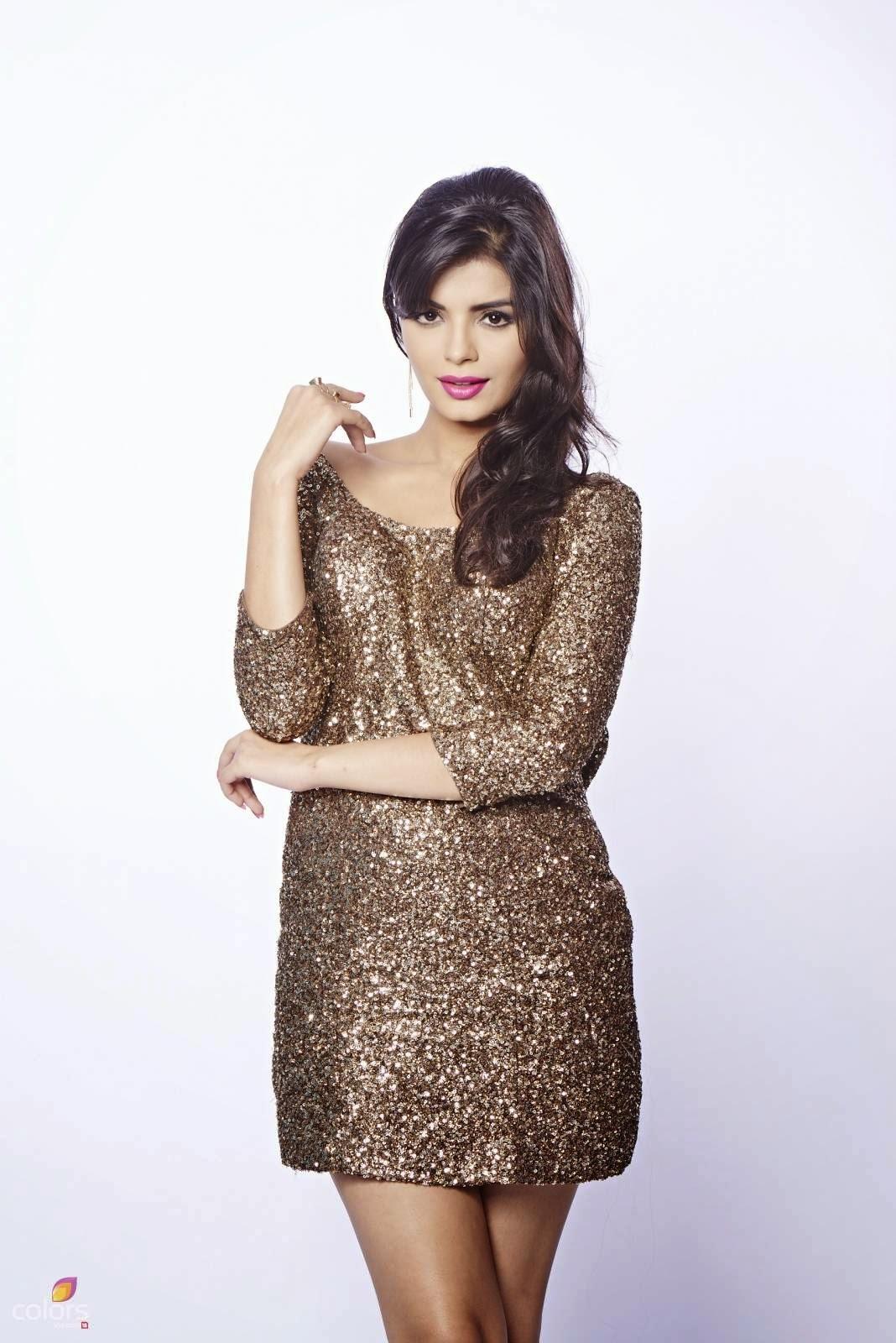 Sonali Raut, Bigg Boss 8 Contestants Pics, Wiki & Biography