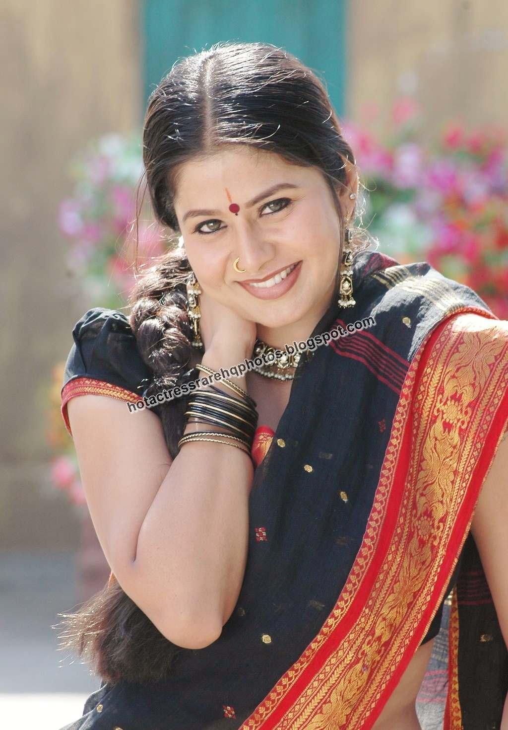 Indian tamil actress sangeetha nude has