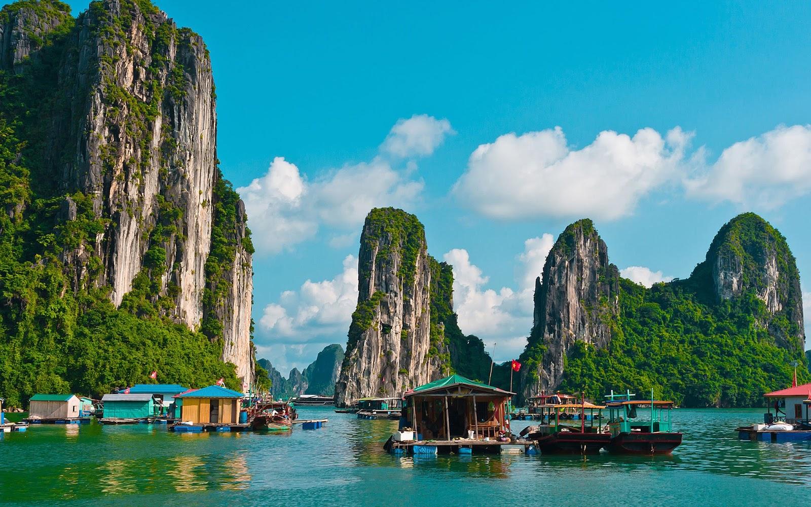 Bahia de Halong (Vietnam)