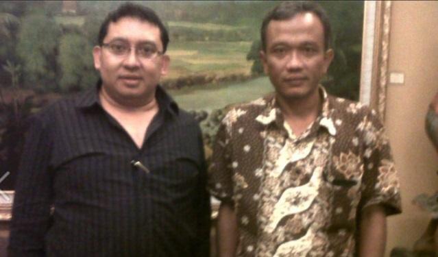 Pernah Foto Bareng dengan Bambang Tri 'Jokowi Undercover', Ini Penjelasan Fadli Zon