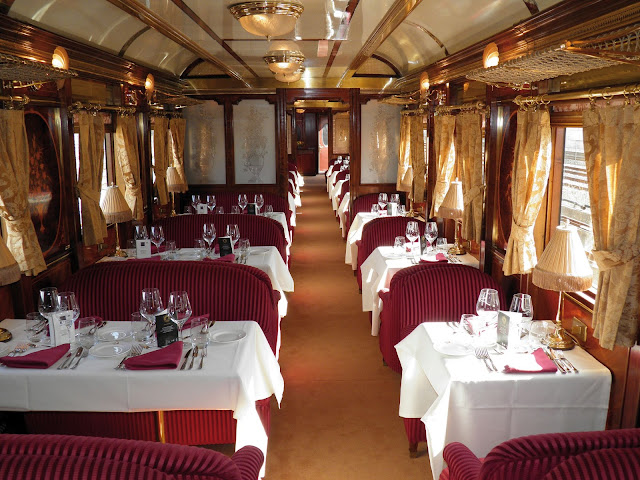 Restaurantwagen im Al Andalus Zug