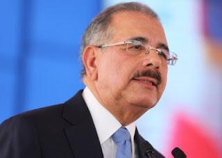 Danilo Medina suspende venta, reventa y desalojo en Los Tres Brazos