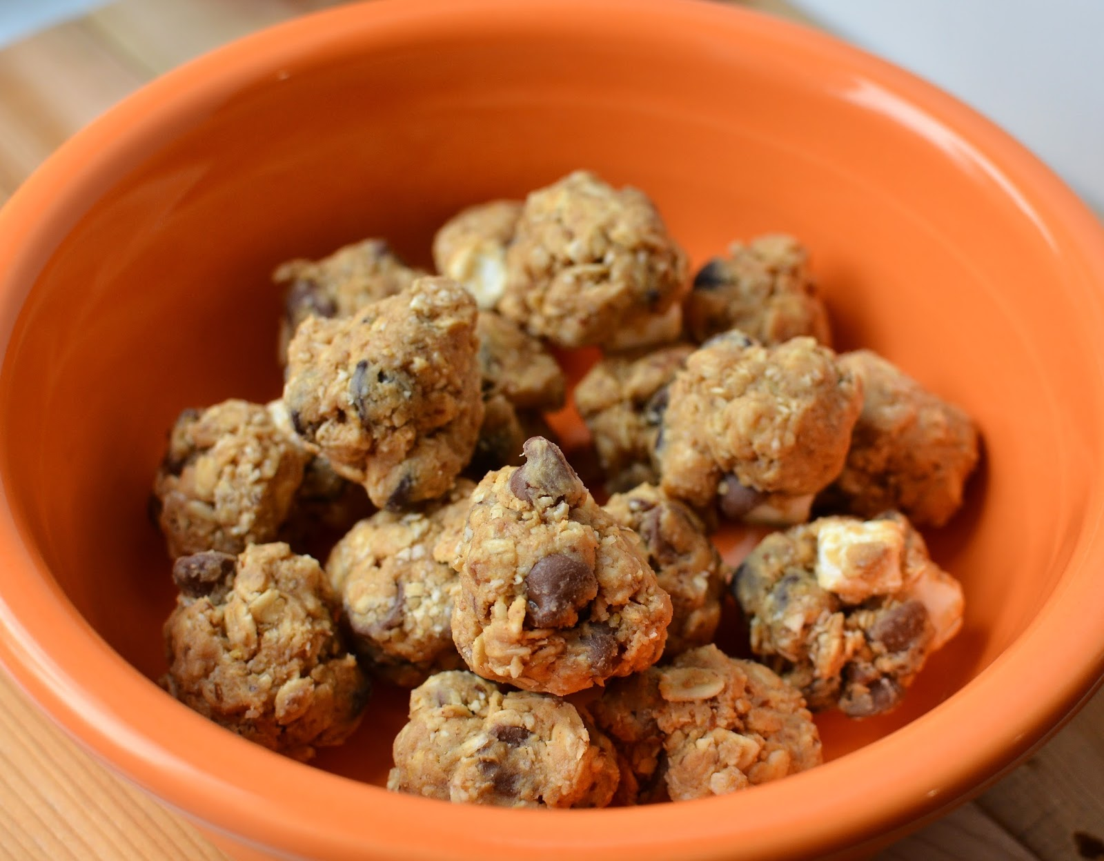 Peanut Butter Snack Balls, delicious and healthy, perfect for a quick energy boost!