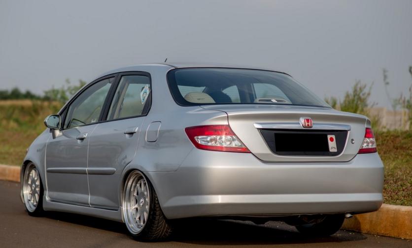 Kelebihan Dan Kekurangan Honda City GD8 VTEC & I-DSI