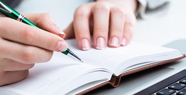 Pengertian, Ciri, Struktur, Kaidah Penulisan dan Contoh Teks Ulasan yang Baik dan Benar
