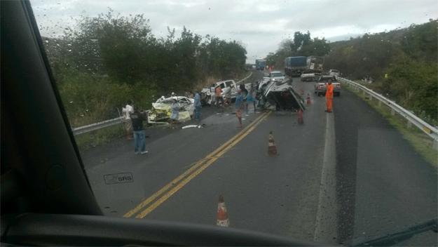 Candidato a prefeito em Ibotirama se envolve em acidente na BR 242