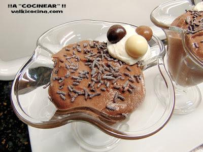 Mousse de chocolate fácil sin huevo