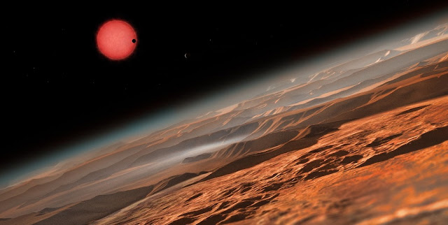 Artist's impression of the ultracool dwarf star TRAPPIST-1 from close to one of its planets. Credit: ESO/M. Kornmesser