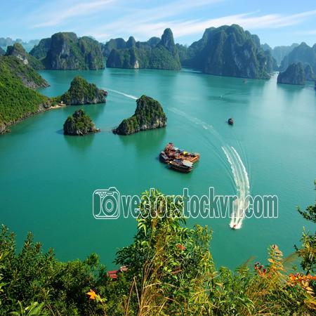 Phong Cảnh Vịnh Hạ Long.