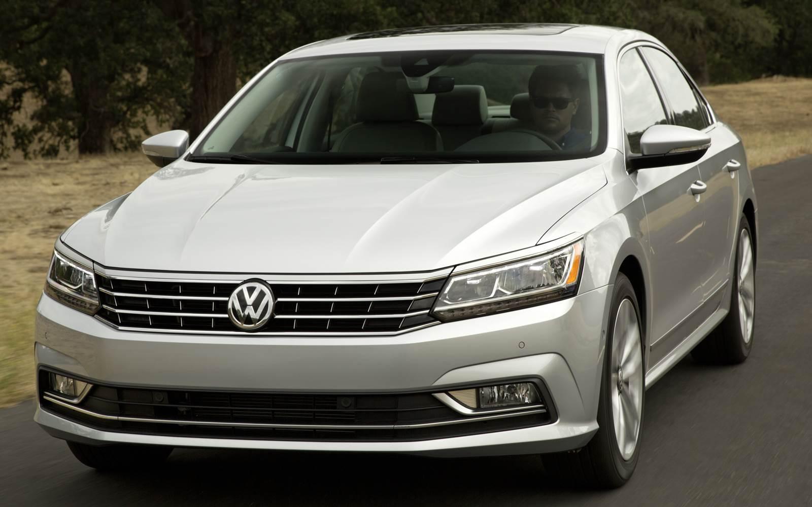 Volkswagen Passat 2017 - EUA