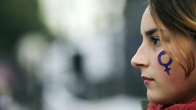 El acoso callejero en Argentina podría ser multado con más de 1.400 dólares