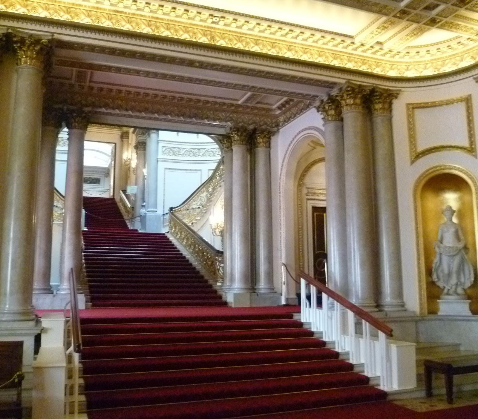 Historical and Regency Romance UK: BUCKINGHAM PALACE  A