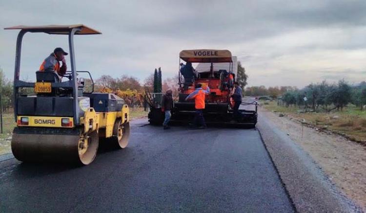 Παρεμβάσεις 12,6 εκ. ευρώ από την Περιφέρεια Κεντρικής Μακεδονίας σε 19 δήμους με 28 έργα αγροτικής οδοποιίας