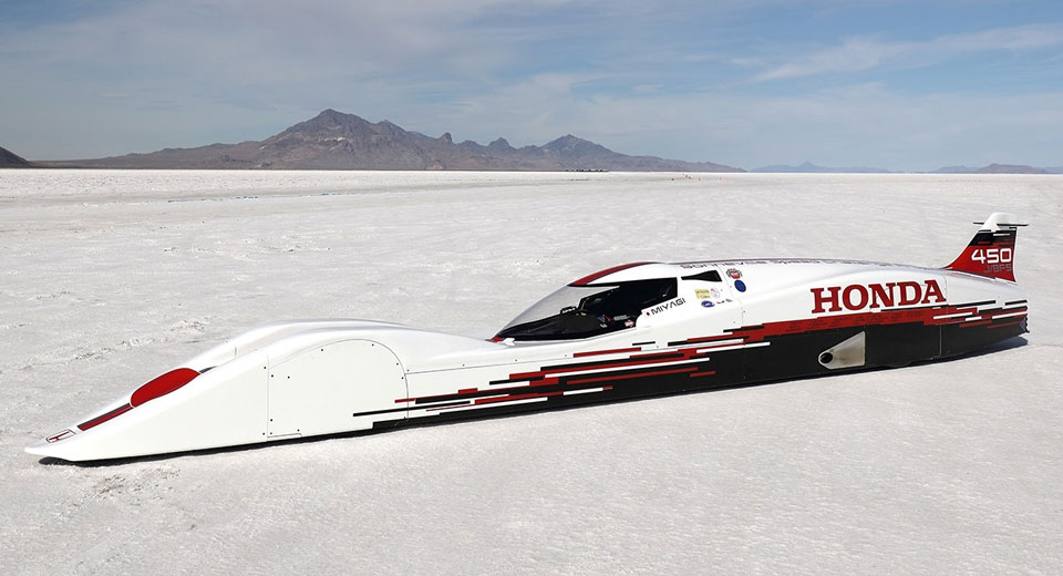 Honda S Dream Goes Nearly 262 miles per hour on Three-Cylinder Power