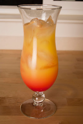 malibu sunrise, cocktail, malibu rum, coconut rum, orange juice, greneadine