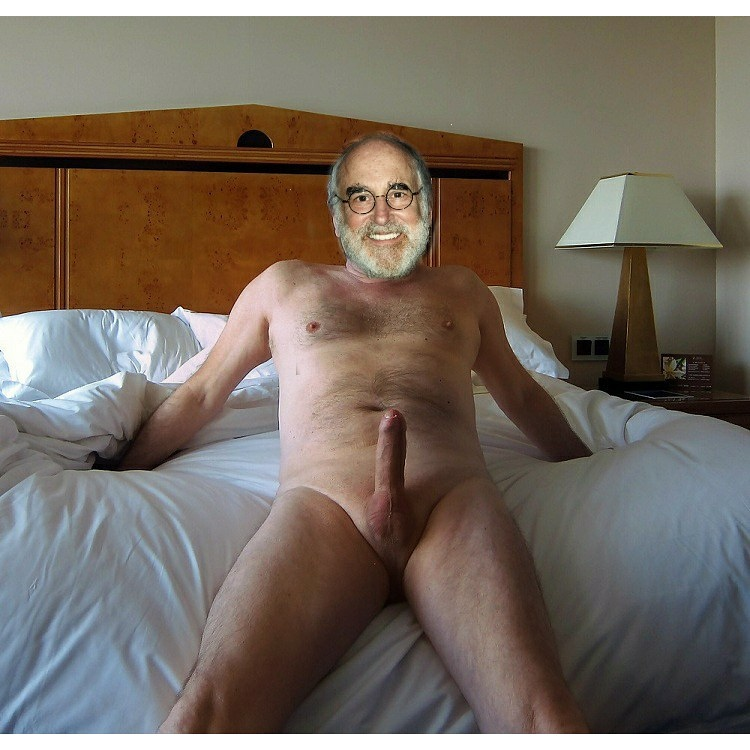фотографии бисексуальной фото голых мужчин зрелого возраста эта