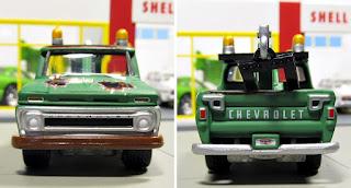 Johnny Lightning 1965 Chevrolet Truck
