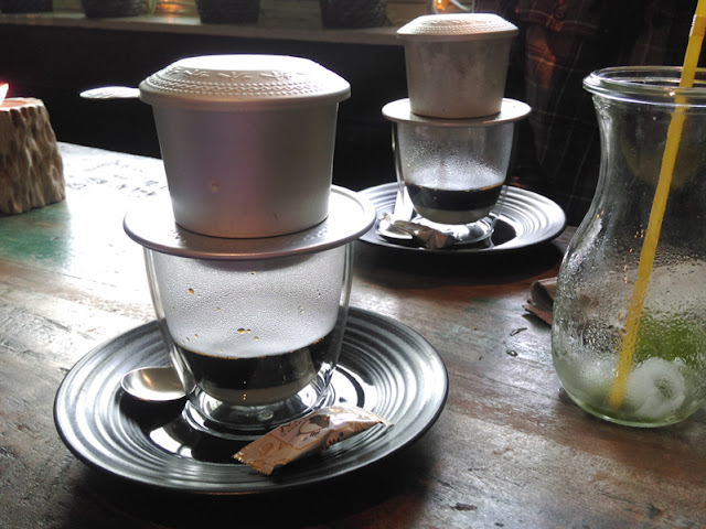 Vietnamesischer Kaffee im Café 1980, Köln