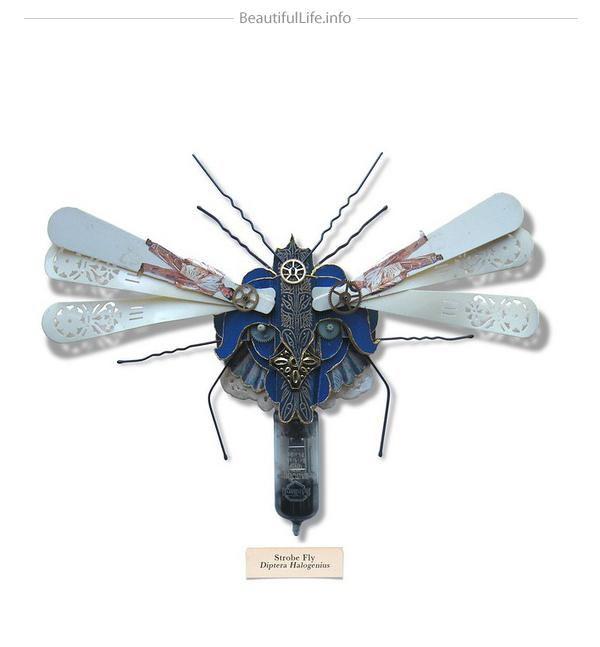 Insecto volador hecho con cosas recicladas