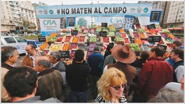 "Agricultores realizan ""verdurazo"" contra modelo de producción en Argentina"