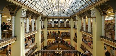 Курортное кино: «Отель Гранд Будапешт». Универмаг «Görlitzer Warenhaus» в Гёрлице