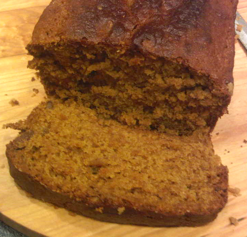 The final Spiced Pecan Pumpkin bread loaf