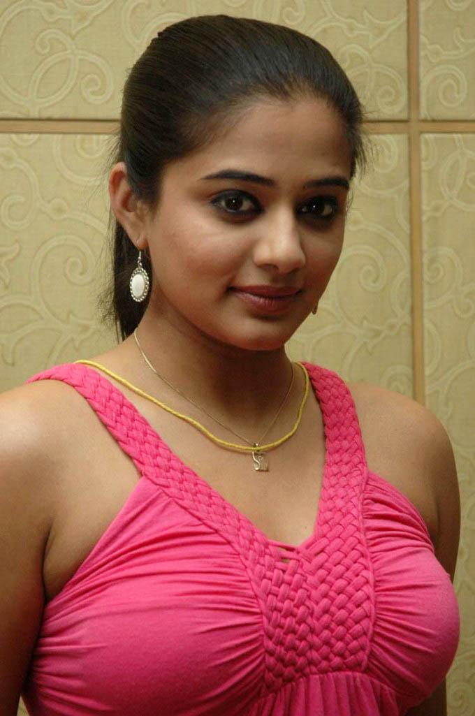 Actress Priyamani Sexy Hot Photos Indian Masala Actress -5628
