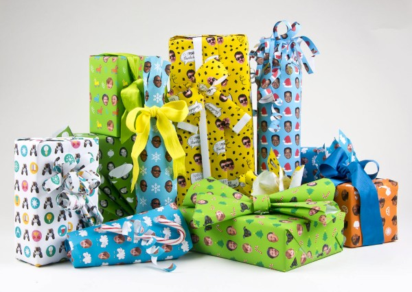 Personalized Photo Gift Wrapping Ideas - via BirdsParty.com