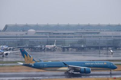 Máy bay A350 tại sân bay Haneda (Tokyo) - Ảnh: CTV