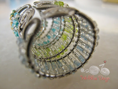Adjustable Wire Wrapped Ring with Seed Beads Tutorial