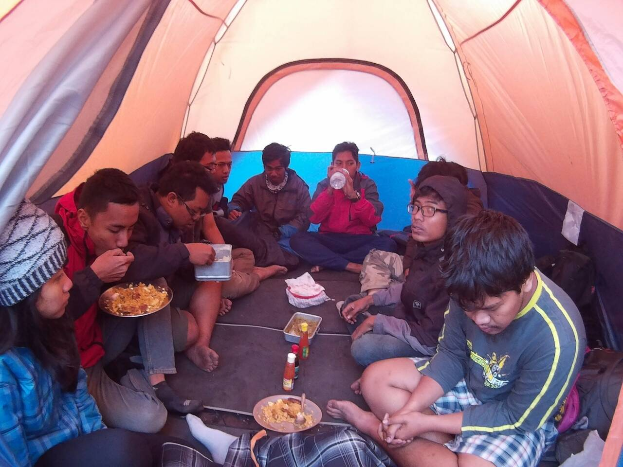 Tips Menu Makanan Saat Mendaki Argopuro