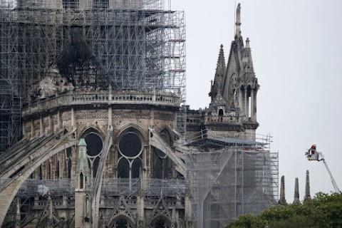 Merkel: a Notre-Dame a közös európai örökség része