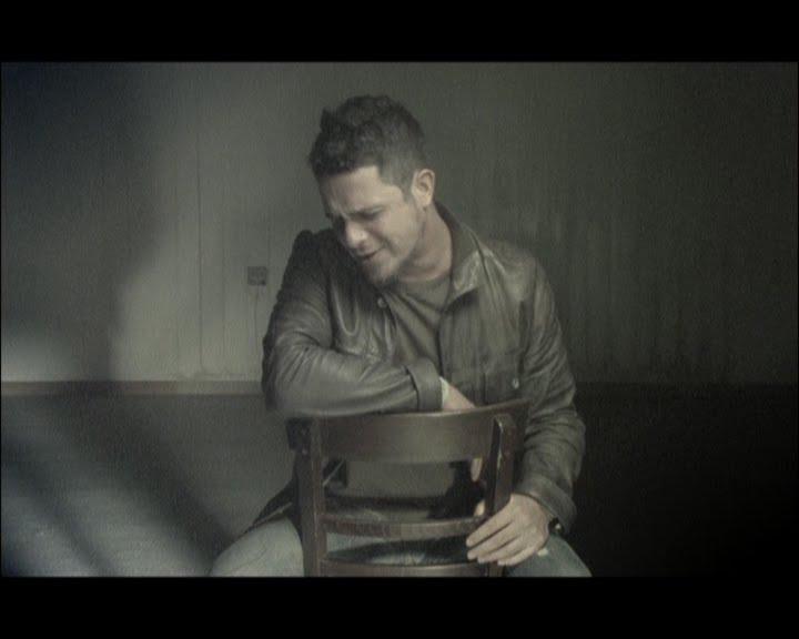 regalame la silla donde te espere alejandro sanz