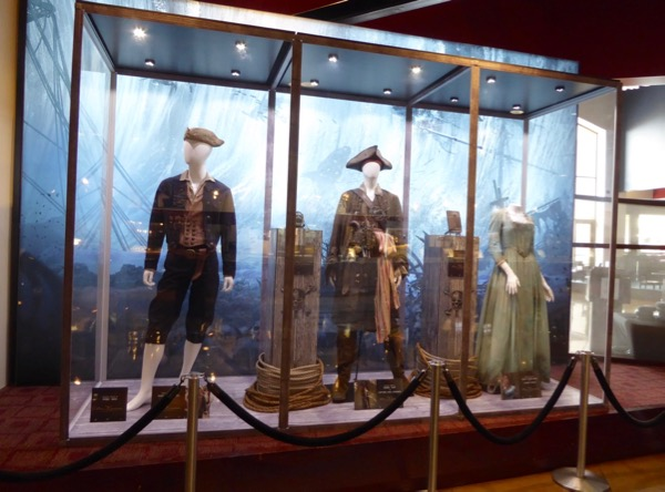 Pirates of Caribbean Dead Men Tell No Tales film costumes