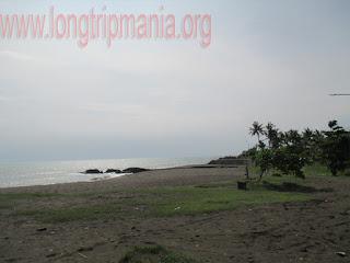 Tempat Wisata Pantai Munggu
