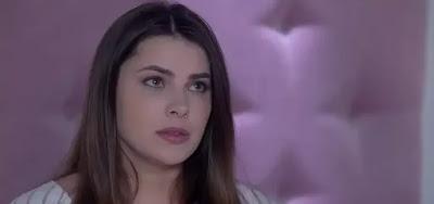 Luísa (Thaís Melchior)