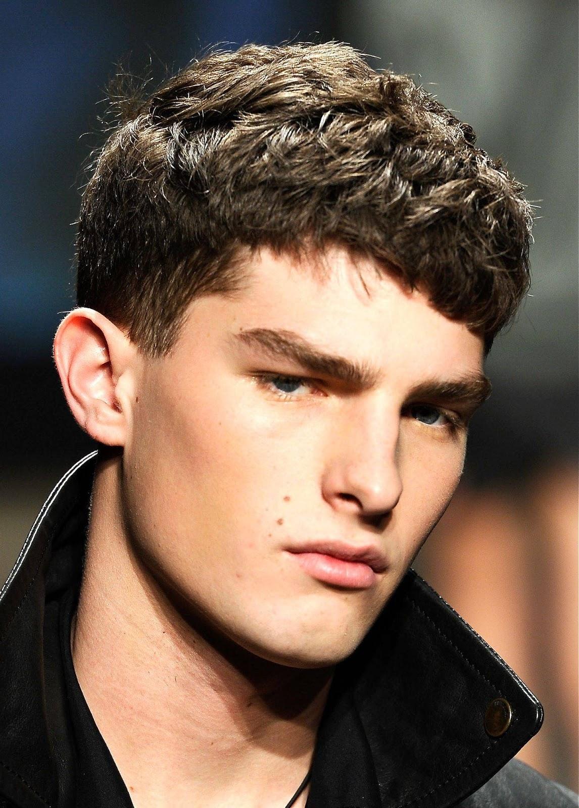 De moda peinados de moda hombre Fotos de cortes de pelo estilo - Estilos y Peinados de moda : Sencillos Cortes de pelo ...