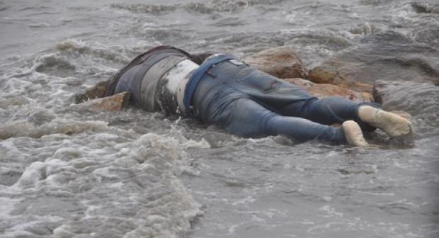 """بالصور:القصة الكاملة ل""""سفينة سوريا """" التي خرجت للصيد بسواحل أكادير، فالتقطت شباكها جثة مقطوعة الرأس واليدين"""
