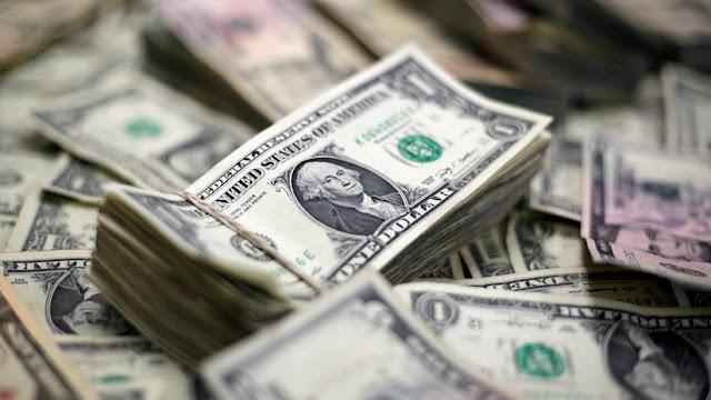 El dólar abre el mercado a 25,50 pesos y rompe un nuevo techo en Argentina