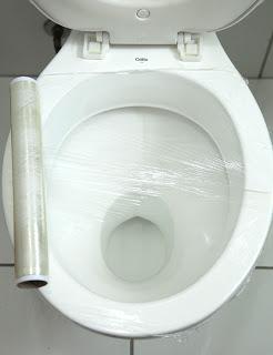 desentupir vaso sanitário, sem produtos químicos, sem sujeira e de um jeito fácil: saiba como
