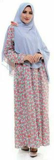 Motif Bunga Kecil sesuai untuk tipe feminim sebagai cara memilih busana sesuai bentuk tubuh dan suasana