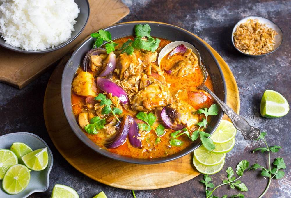 Makanan Thailand Massaman Curry (seriouseats.com)