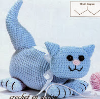 http://crochetenaccion.blogspot.it/2011/12/el-gato-azul.html