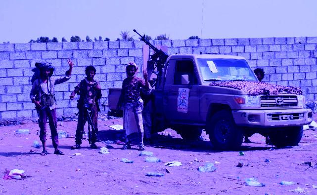 taroudantpress - زعيم المتمردين في اليمن يتعهّد عدم الاستسلام والمنظمات الإغاثية تدقّ ناقوس الخطر