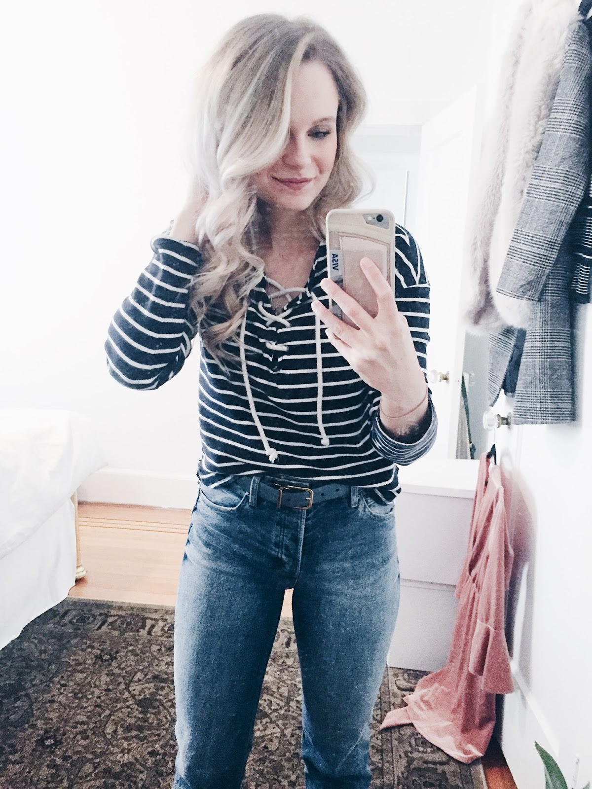 casual weekend outfit by blogger