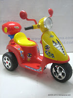 3 Junior TR0903 Skupi Battery-powered Toy Motorcycle in Red 3